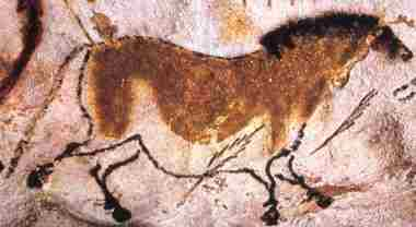 Caves of Lascaux, Spears around male horse